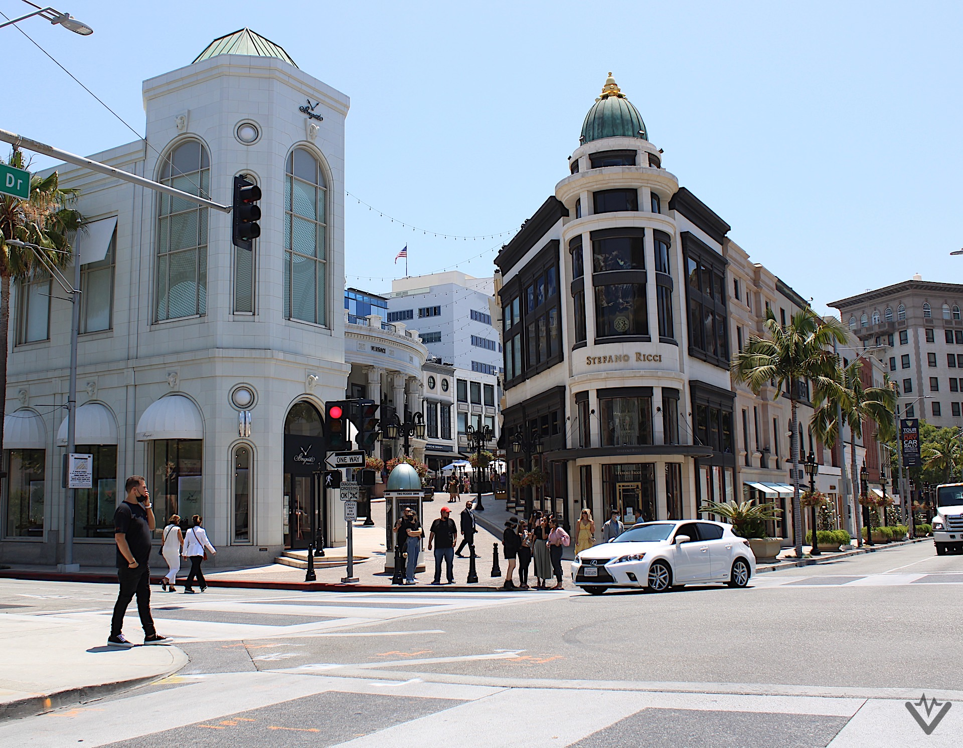 Two Rodeo Drive 01