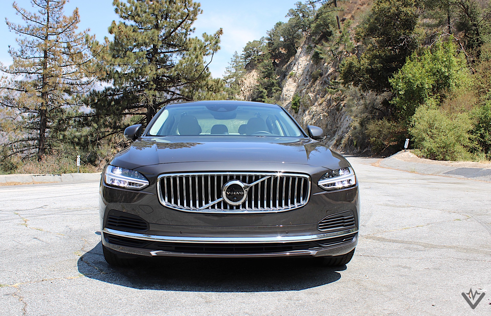 2021 Volvo S90 T8 Recharge front 01 1